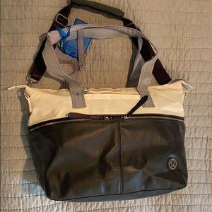 Lululemon travel/commuter bag